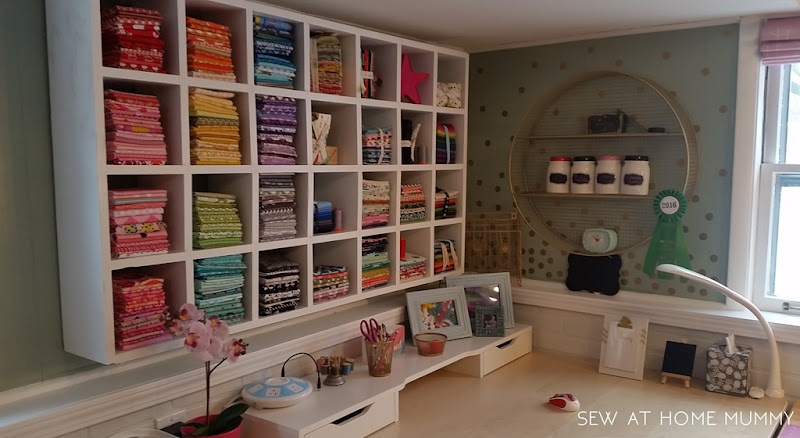 super easy to build custom fat quarter fabric notions craft supplies scrapbooking storage ideas wall shelf || Sew at Home Mummy
