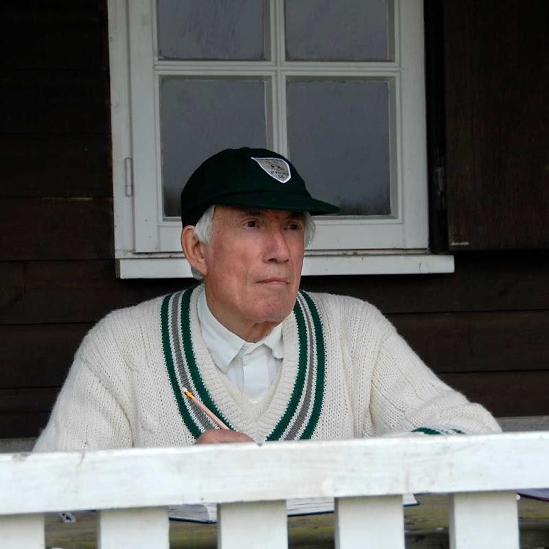 Cricket43DS-Sutton