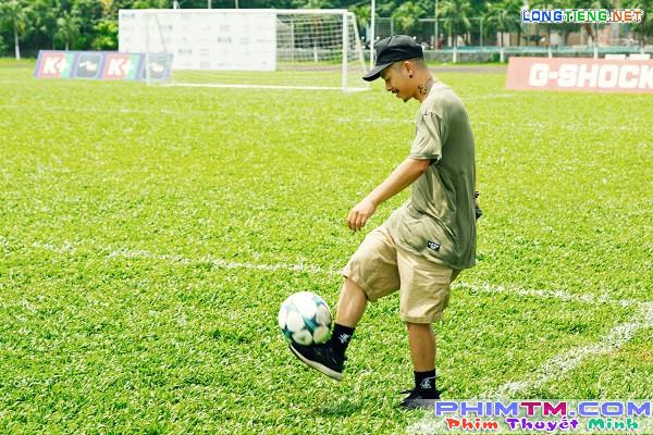 Huyme trở thành cầu thủ bóng đá điển trai trong phim điện ảnh Sút - Ảnh 12.