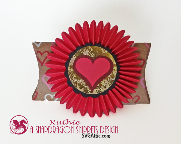 Pillow 3D Box Rosette Heart, SnapDragon Snippets, Ruthie Lopez