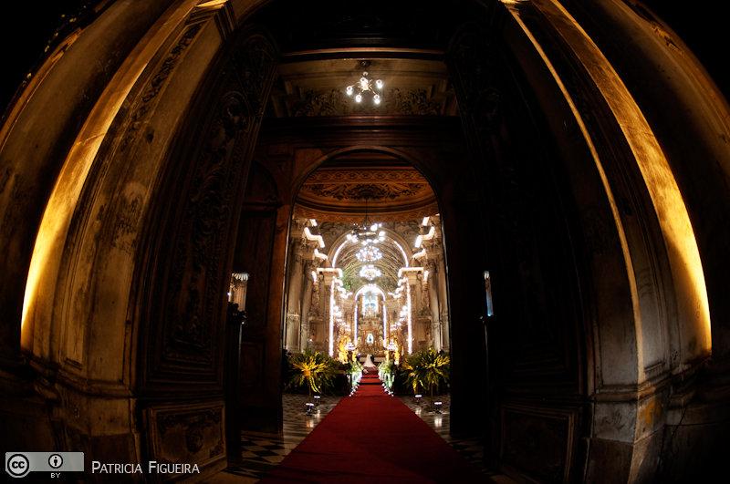 Foto de casamento 2731 de Renata e Cristiano. Marcações: 28/08/2010, Casamento Renata e Cristiano, Igreja, Igreja Sao Francisco de Paula, Rio de Janeiro.