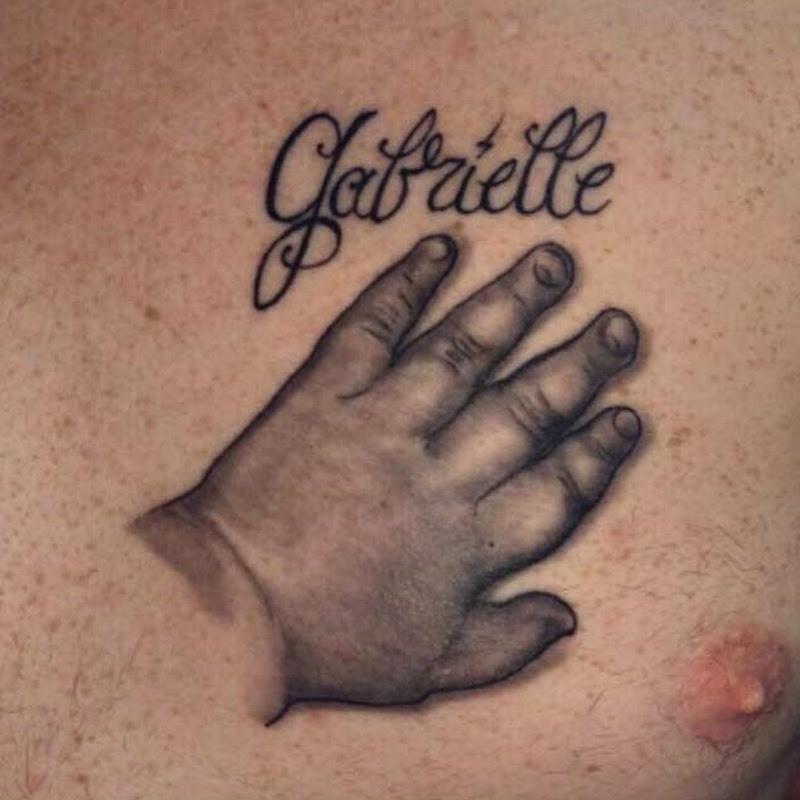 tatuagens Mão de Bebê com sombra