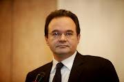Photo: Γιώργος Παπακωνσταντίνου (Πιθηκάνθρωπος, Κρόνιος-Nephilim, Έλληνας πολιτικός με το ΠΑΣΟΚ, πρώην Υπουργός Οικονομικών της κυβέρνησης Γεωργίου Παπανδρέου 2009 και πρώην Υπουργός Περιβάλλοντος, Ενέργειας και Κλιματικής Αλλαγής)