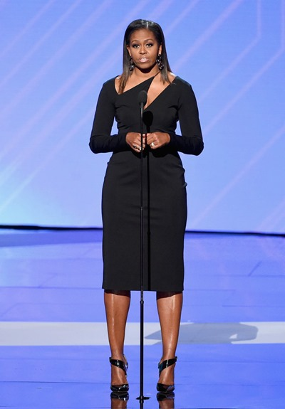 071217-espys-michelle-obama-wide stance