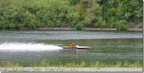 River Hydroplane Racing, Huntley Park near Gold Beach