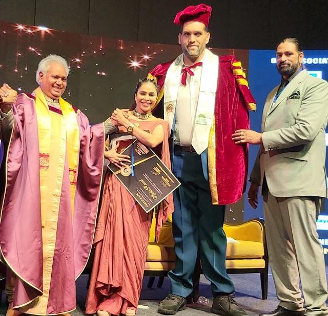 Nikita Rawal wins the Abdul Kalam award for best actress from the great Khali