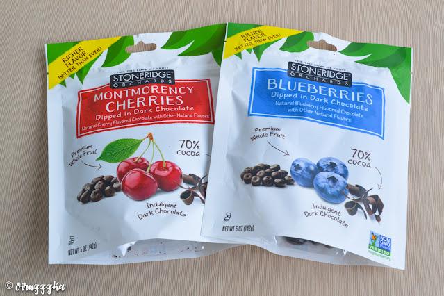 Stoneridge Orchards Montmorency Cherries Blueberries Dipped in Dark Chocolate