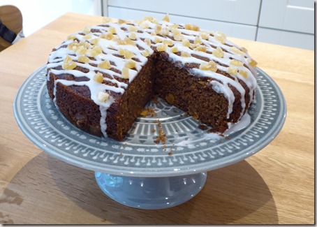 ginger and  apricot cake6b