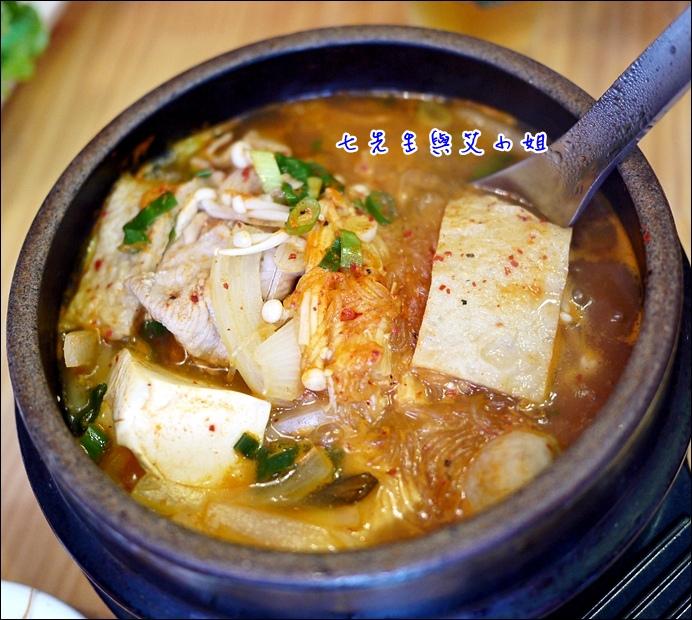 8 泡菜鍋