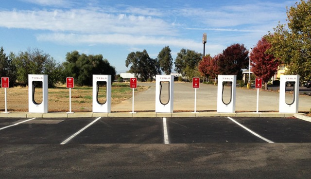 tesla-supercharger-135kw-740x425