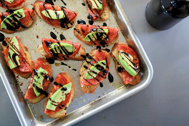 Avocado and Chorizo Toasts with Balsamic Glaze Recipe | Yummly