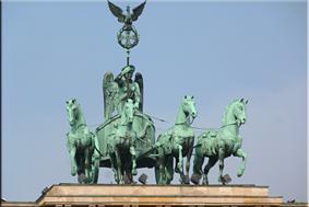 Cuadriga ornamental en la Puerta de Brandenburgo - Berlín'15