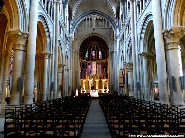 interior-catedral-lausana.JPG