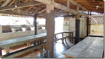 camping-molhes-da-barra-area-de-convivencia-1