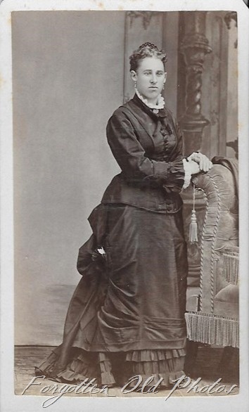 Bustle lady Parkers Prairie