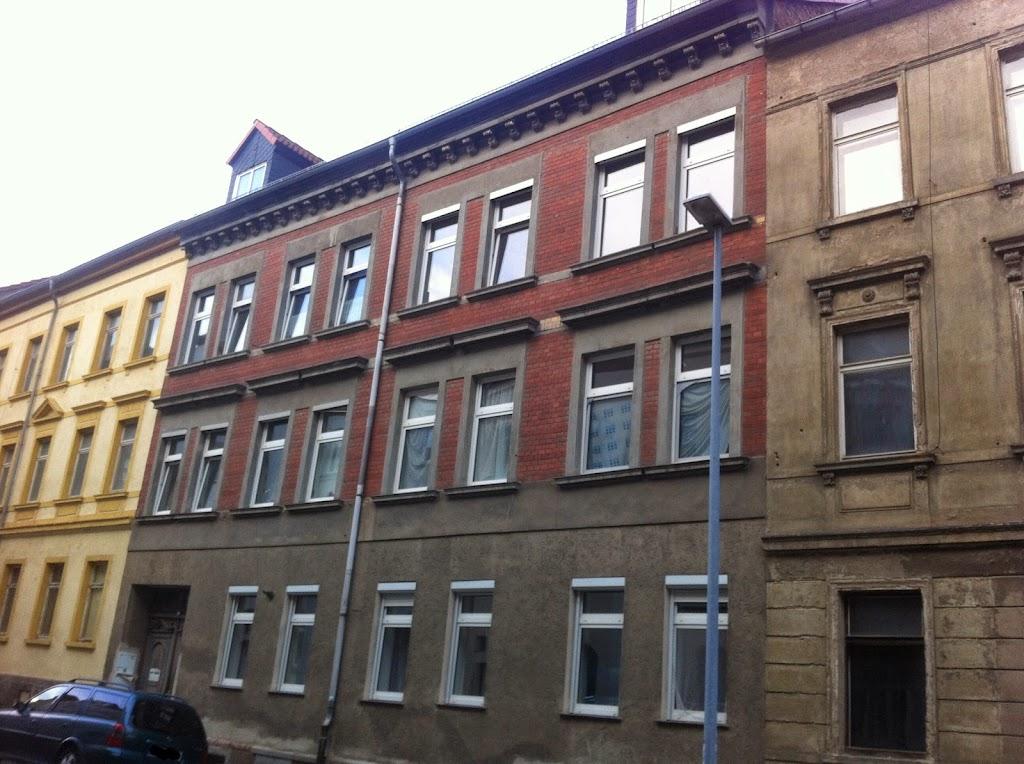 Mietshaus in Wurzen vor Sanierung.JPG