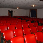 middleSectionSeating.jpg
