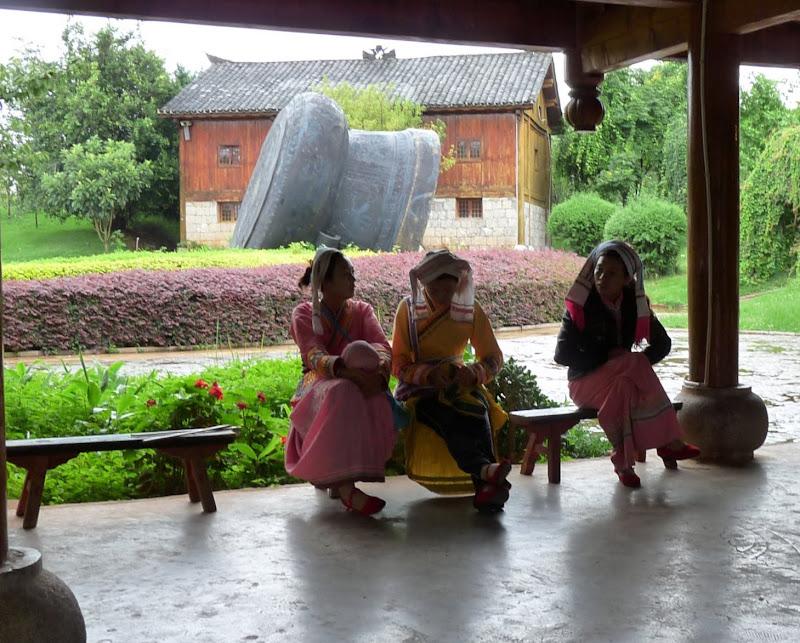 CHINE.YUNNAN.KUN MING Village des minorités 2 - P1270586.JPG
