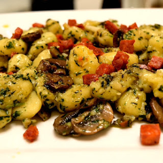 Gnocchi with Basil Pesto and Mushrooms