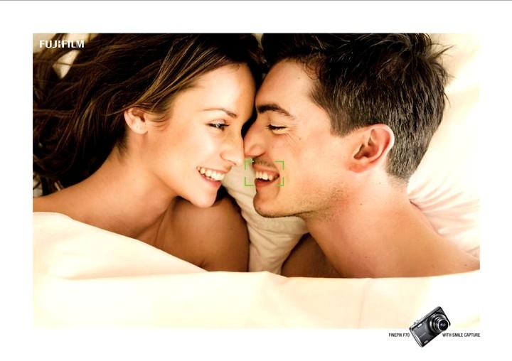 Fujifilm Finepix F70: Smile