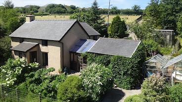 Cefn Coch cottage for sale