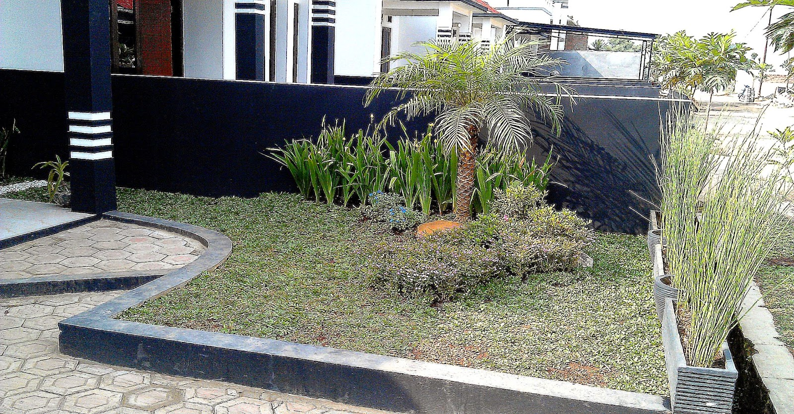desain taman depan rumah mungil gallery taman minimalis
