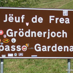 Motorrad Pass Grödner Joch Passo Gardena