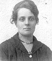Schuitemaker, Anna Alberta A. geb. 13-02-1897 Hamburg d.jpg