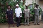 Vi skal bo på Inyanga Safari Lodge ... hvor blandt andet disse rare mennesker vil sørge for os.