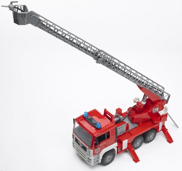 Xe cứu hỏa MAN TGA Fire Engine Bruder 02771 có thang dài