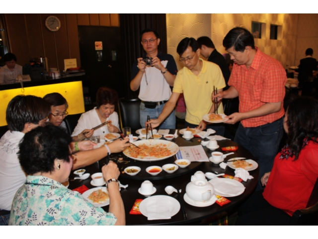 Others - Chinese New Year Dinner (2010) - IMG_0281.jpg