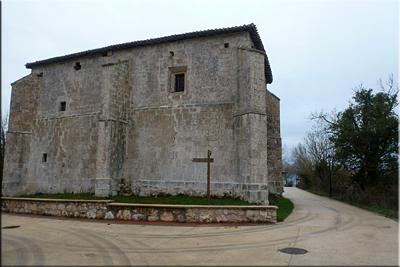 Iglesia de San Esteban - Alangua