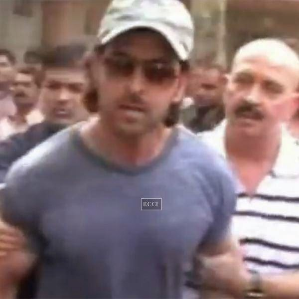 Bollywood's superhero Hrithik Roshan came thundering over media persons when they tried to click the pictures of his family.