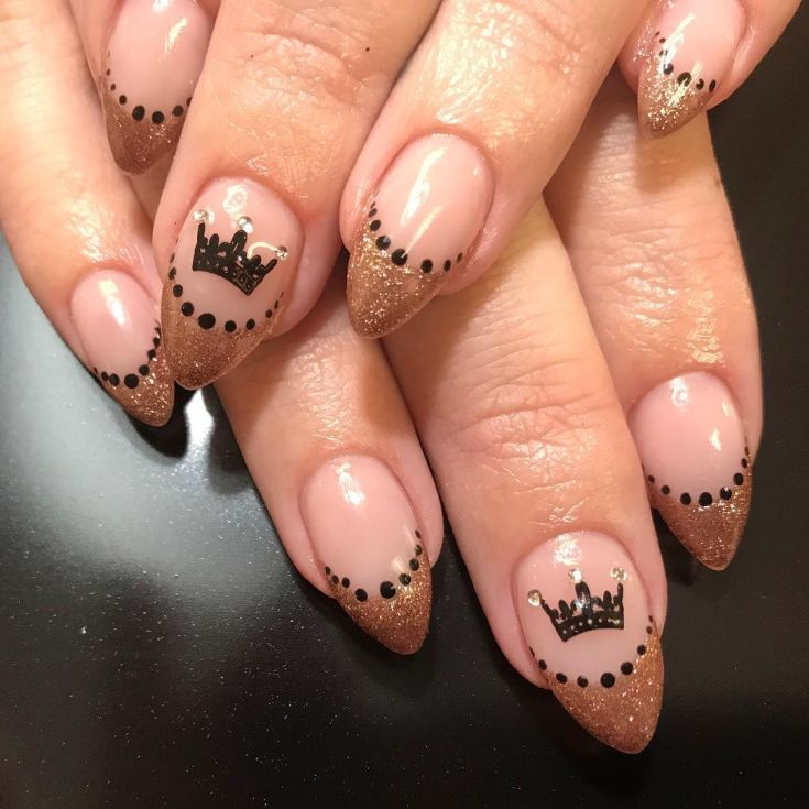 Top 30 Nail Designs With Crowns 2018/2019 - Top 30 Nail Designs With Crowns 2018/2019 - Fashionre