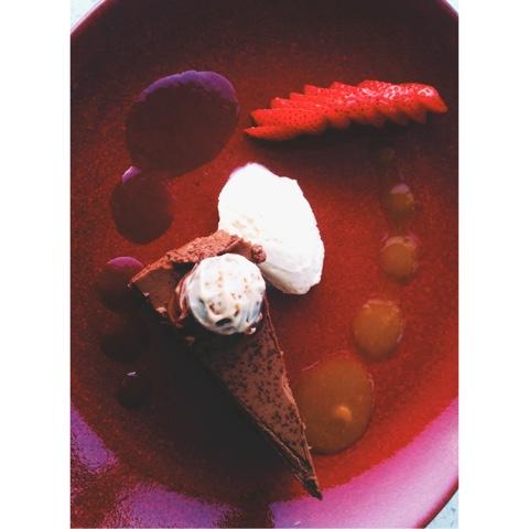 night away, chocolate torte, strawberries, Bryn Meadows, Golf, Spa, Break, swimming, massage, mud spa, pool, welsh, breakfast, dinner, steak, chicken, jacuzzi, sauna, steam room