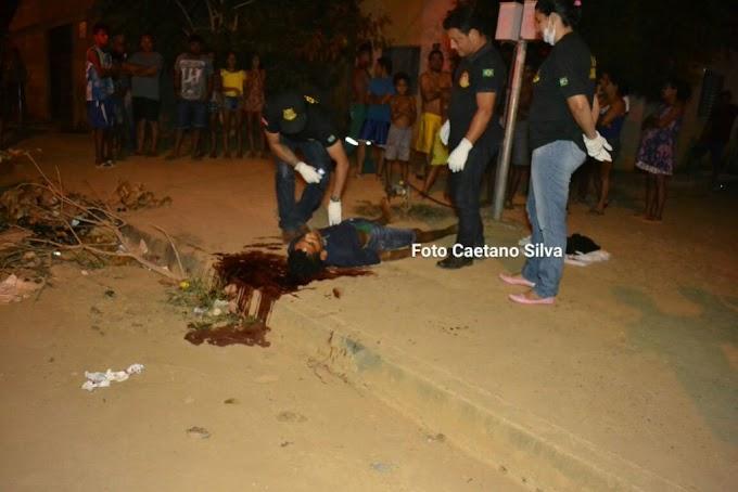 Jovem é morto com dois tiros no bairro dos Minerios