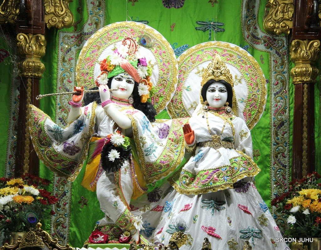 ISKCON Juhu Mangal Deiy Darshan 10 Apr 16 (24)