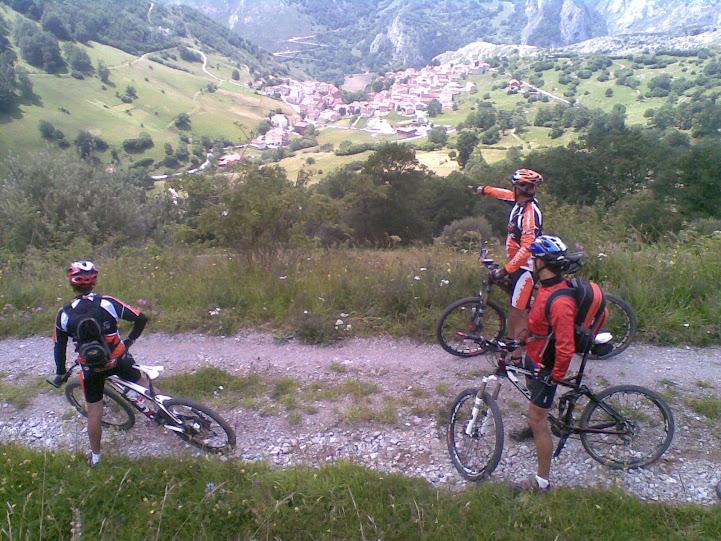 Vuelta al macizo oriental Picos de Europa - Domingo 22 15072011%2528044%2529