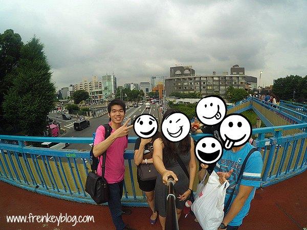 WeFie dulu di Jembatan Penyebrangan hahaha...