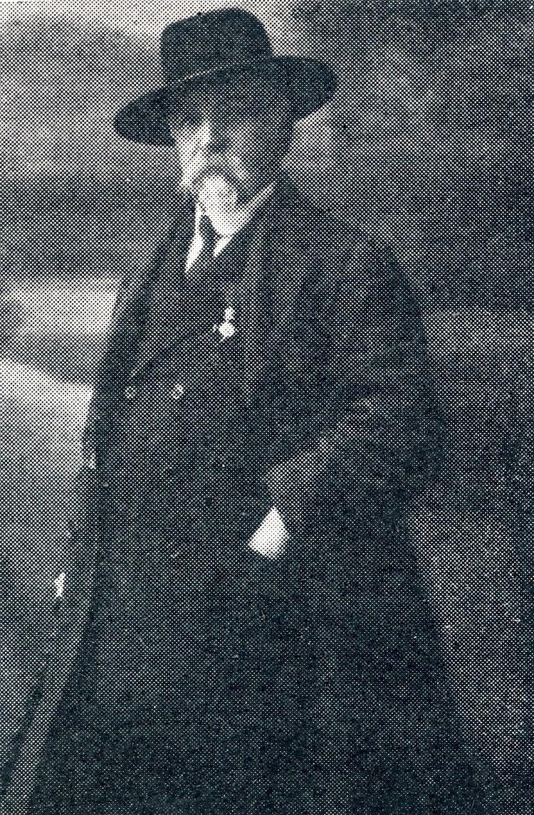 D. Juan Fernández y Gómez. Foto de la revista La Vida Marítima. Año 1915.jpg