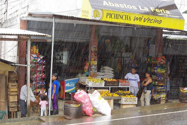 Pluie sur Lita (Imbabura, Équateur), 8 décembre 2013. Photo : J.-M. Gayman