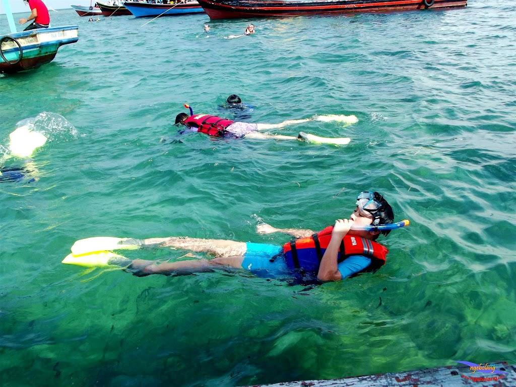 family trip pulau pari 140716 Fuji 065