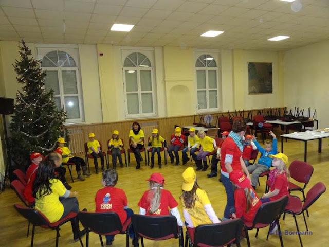 Weihnachtsfeier_Kinder_ (21).jpg