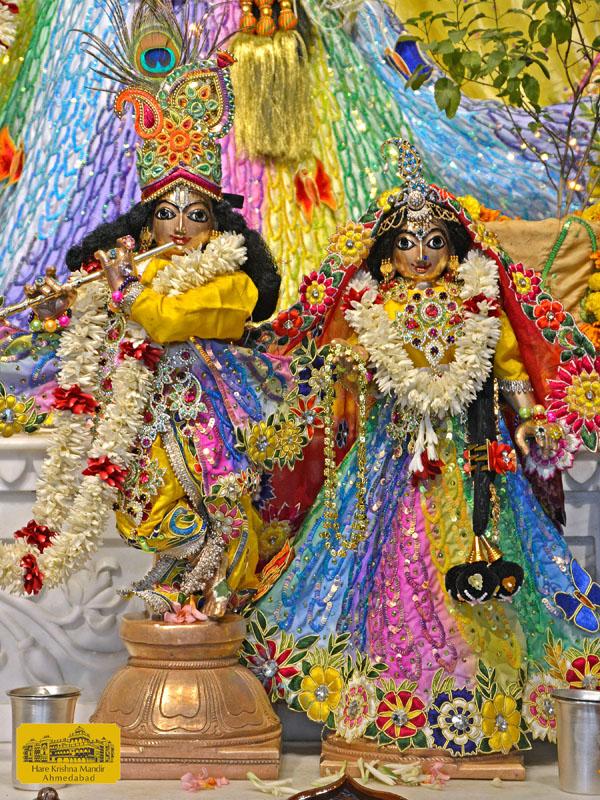 ISKCON Hare Krishna mandir Ahmedabad  05 Jan 2017 (7)