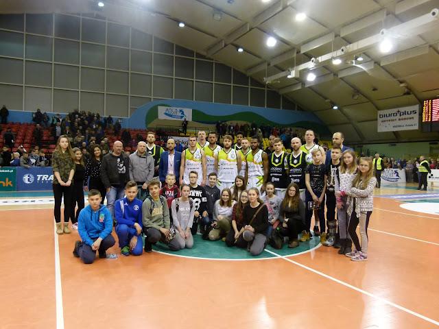 Wyjazd na mecz Miasta Szkła - P1190097.JPG