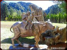 杉林溪牧童騎牛石雕