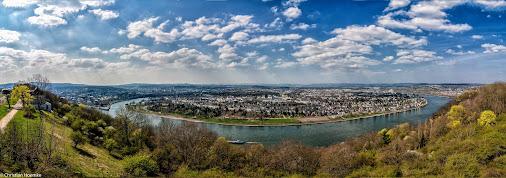 Ein Panorama aufgenommen auf der Aussichtsplattform des Buga-Geländes Ehrenbreitstein - Koblenz, diesmal...