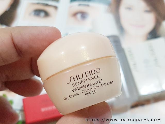 Review Shiseido Benefiance WrinkleResist24 Day Cream