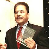 Dr. Suresh Chalise won Grassroot Diplomat Award, Photo: Milan Tamu/ HKNepal.com