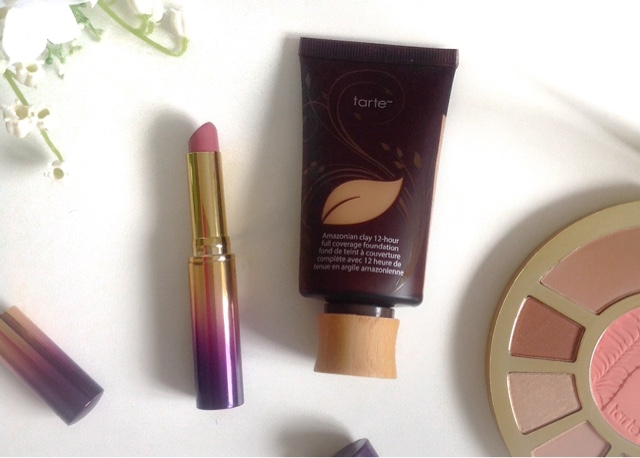 Tarte Amazonian Clay Foundation, Rainforest of the Sea Lipsplash